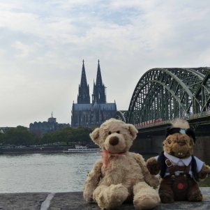 We think this is the Hohenzollern Bridge